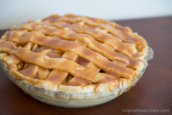 Caramel Apple Pie 02 | Inspiration Kitchen