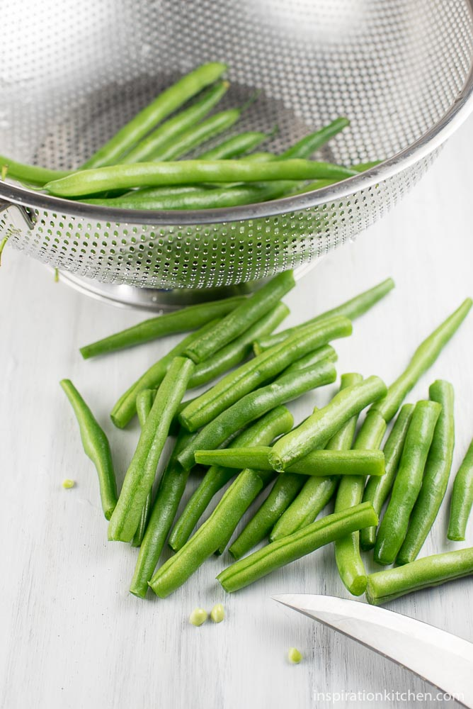 Garlic Butter Green Beans - inspirationkitchen.com